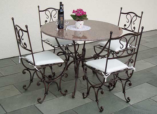 kafebord med stoler